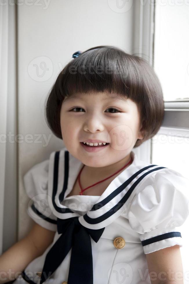 pequeña niña bonita foto