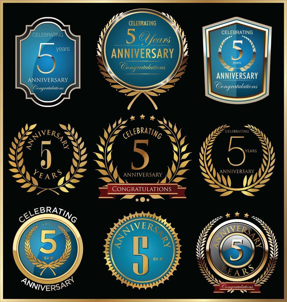 Plantillas de insignias del quinto aniversario vector