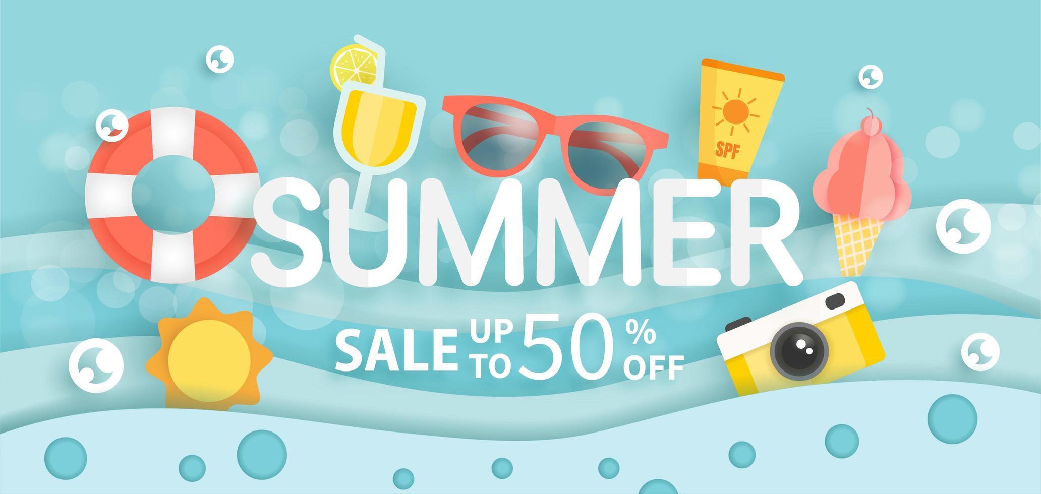 bannière de vente d'été avec des éléments d'été dans l'eau vecteur