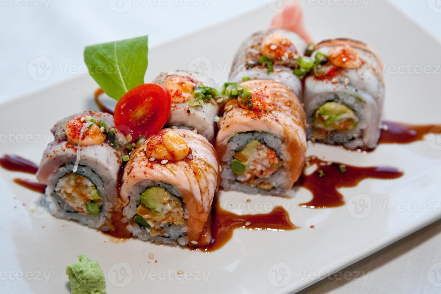 comidas japonesas de fusión foto