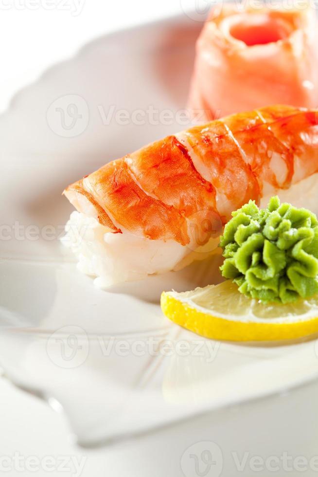 sushi de camarones foto