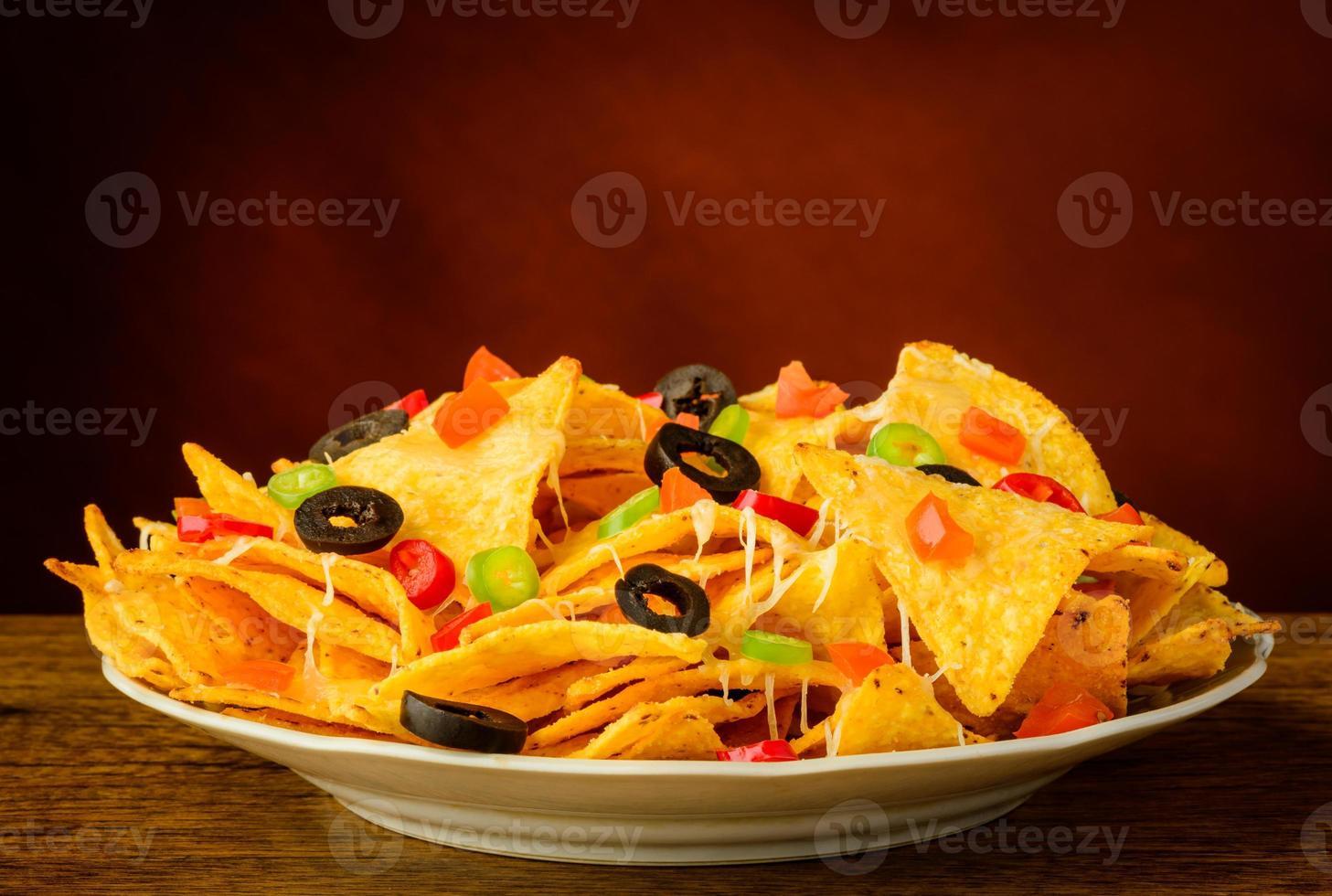 nachos en un plato foto