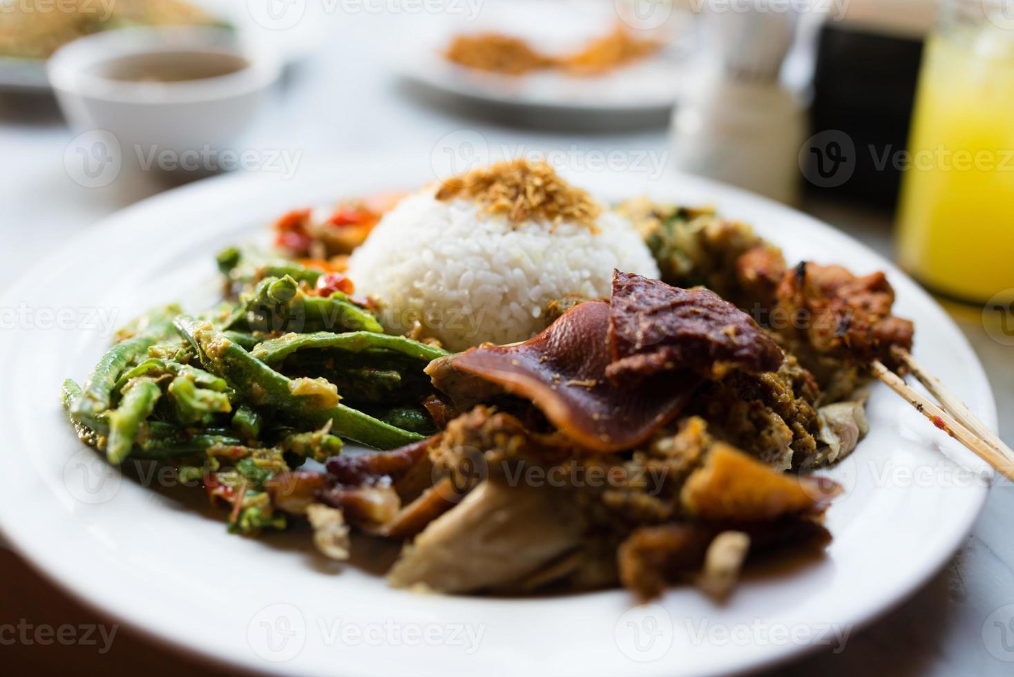 cochinillo arroz mixto foto