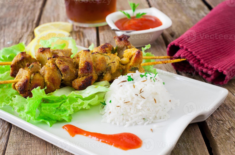 Kebab de pollo foto