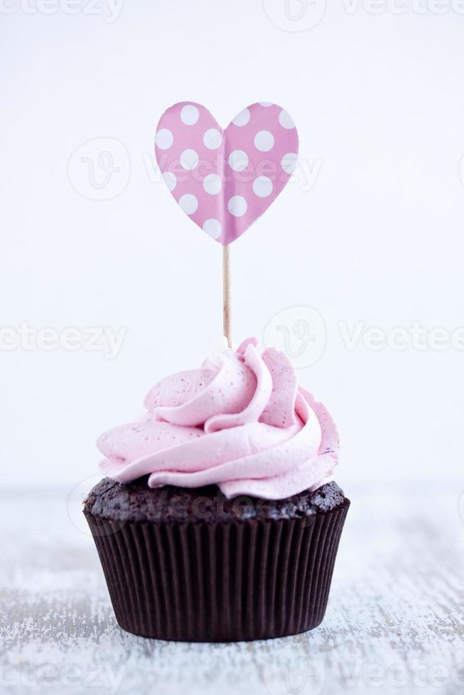 Magdalena de chocolate rosa foto