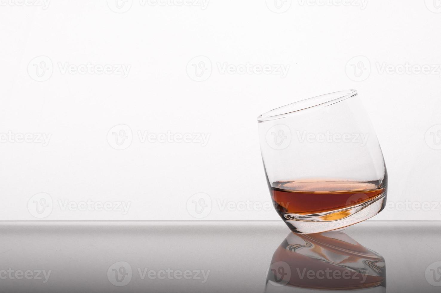 whisky en el vaso foto