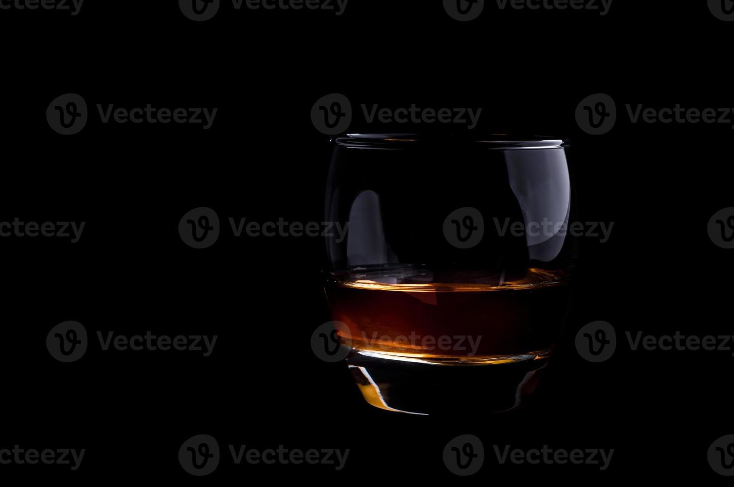 vaso de whisky foto