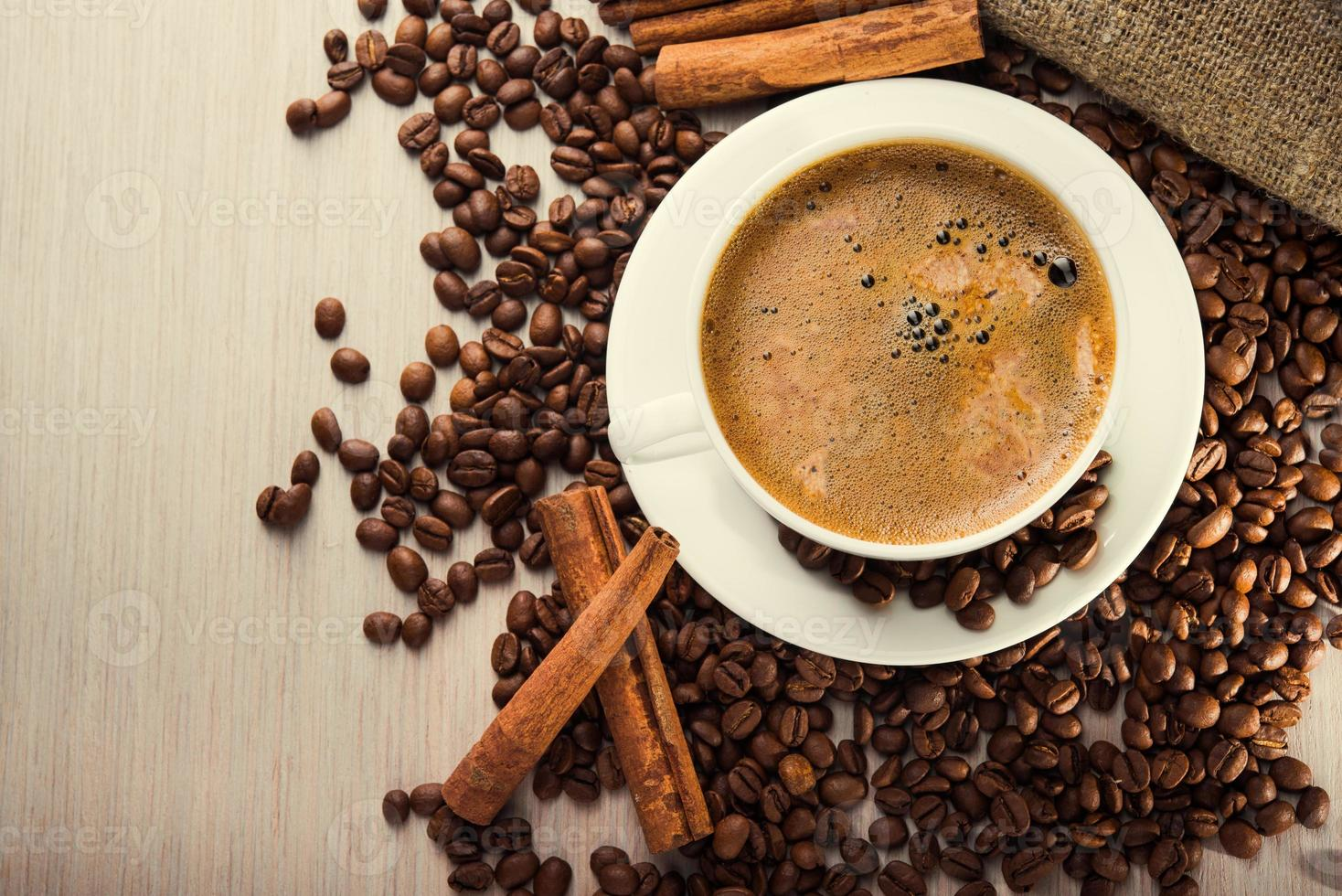 taza de café con frijol foto