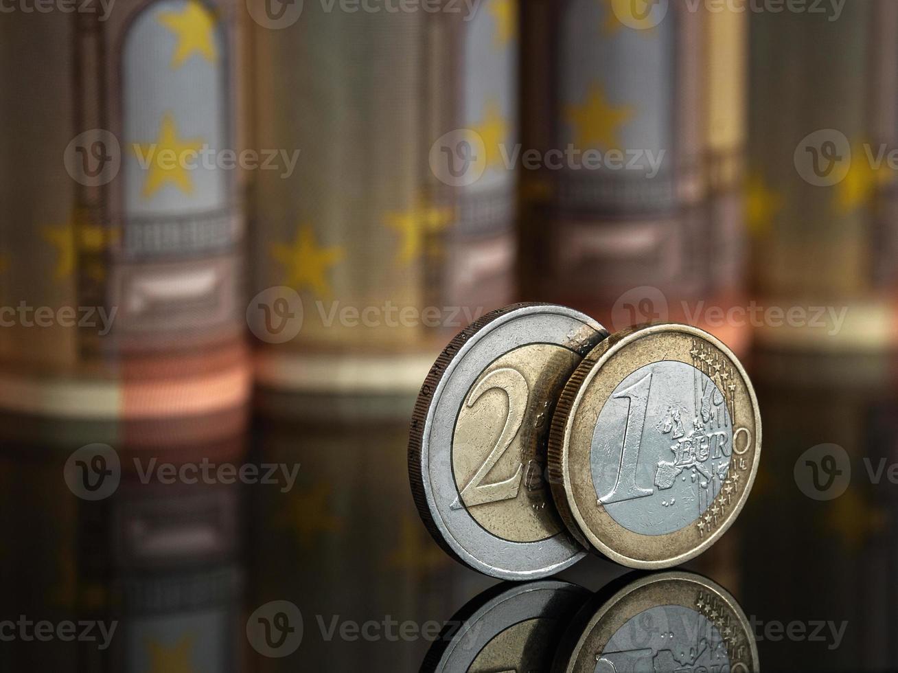 uno y dos euros foto