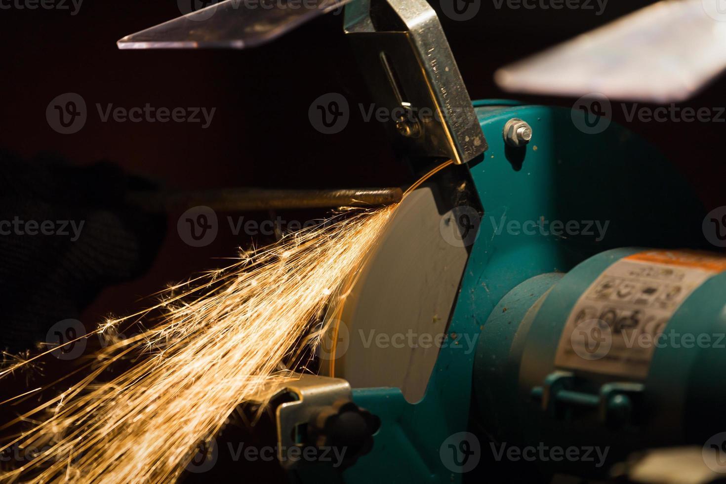 sharpening process photo