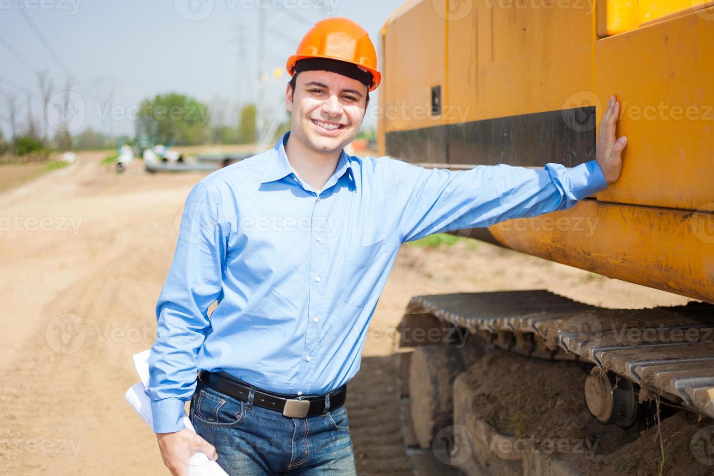 arquitecto en un sitio de construcción foto