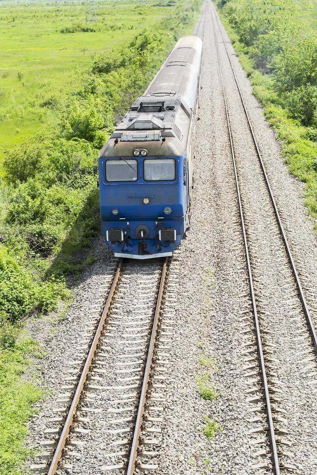 Incoming train photo