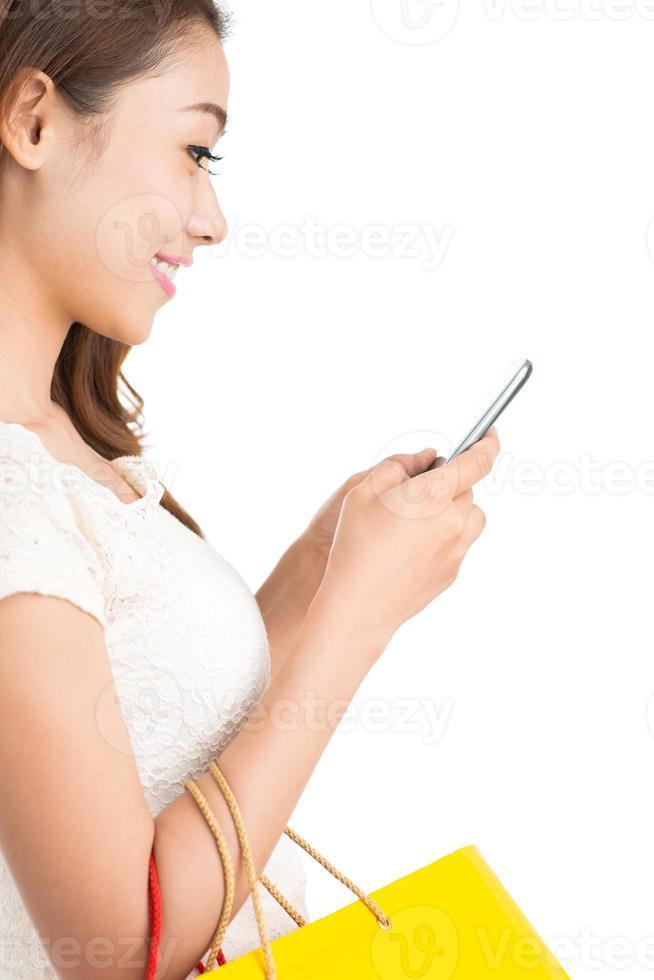 usando un teléfono inteligente foto