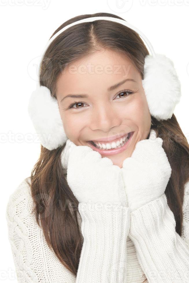 Retrato de mujer hermosa de invierno foto