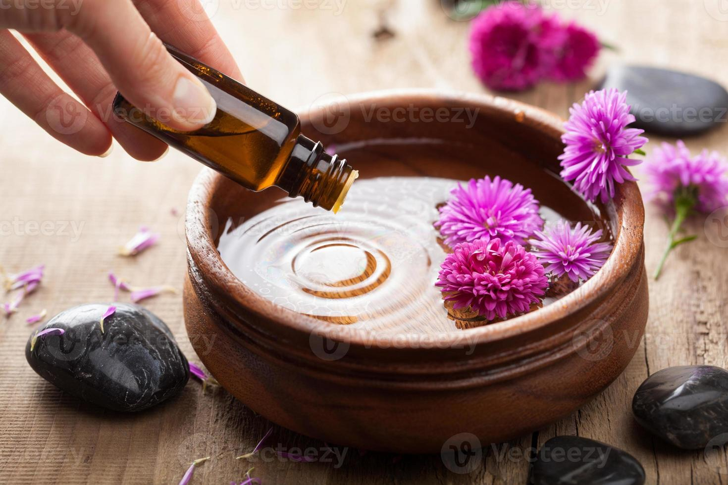 essential oil for aromatherapy photo