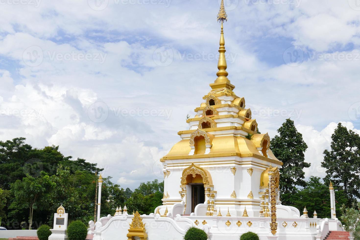 the design of buddhist pagoda architecture photo