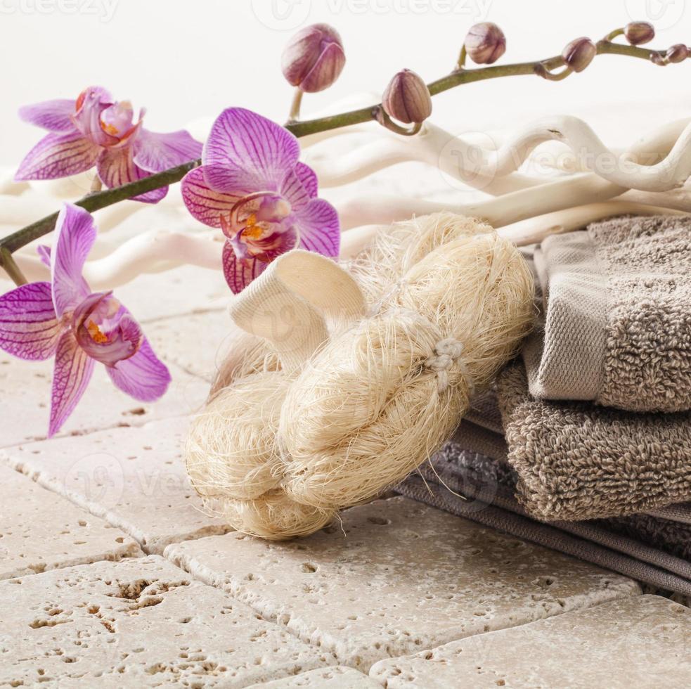 toalla de algodón y esponja de esponja para masajes de belleza foto