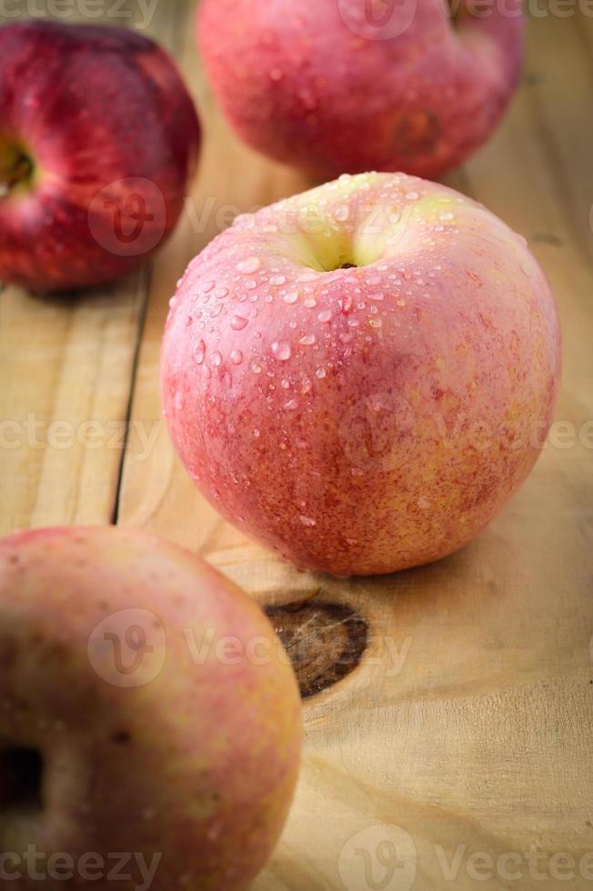 manzanas rojas foto