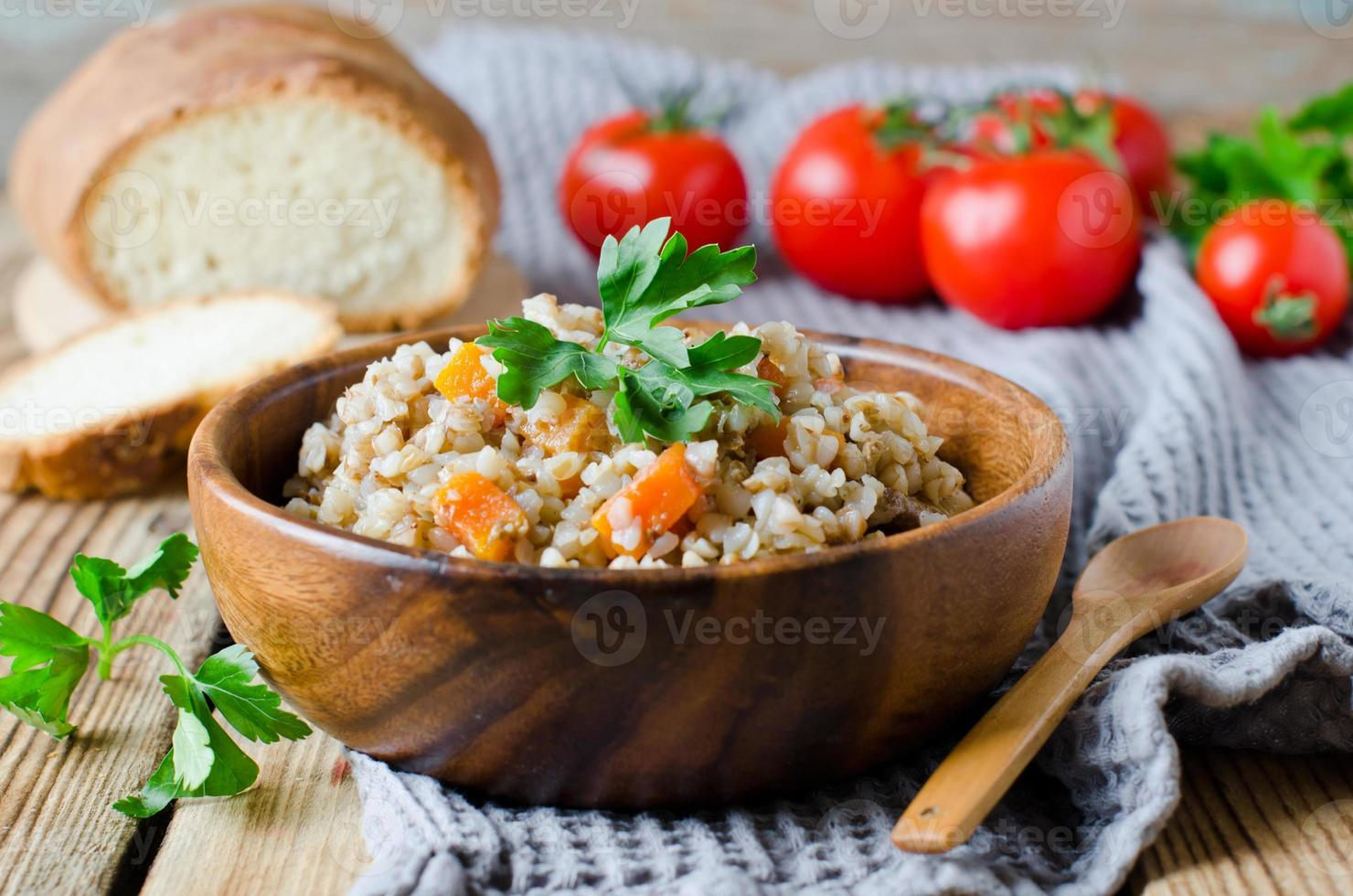 trigo sarraceno con verduras foto