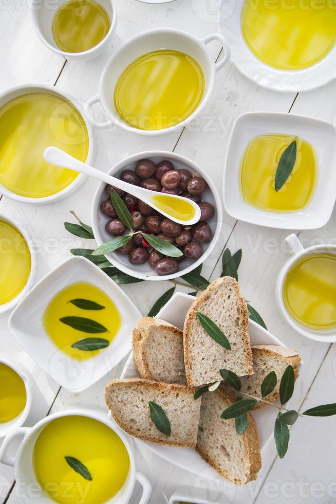Bread and olive oil photo