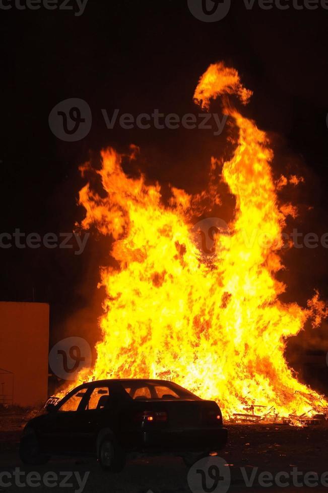 fuego de auto foto