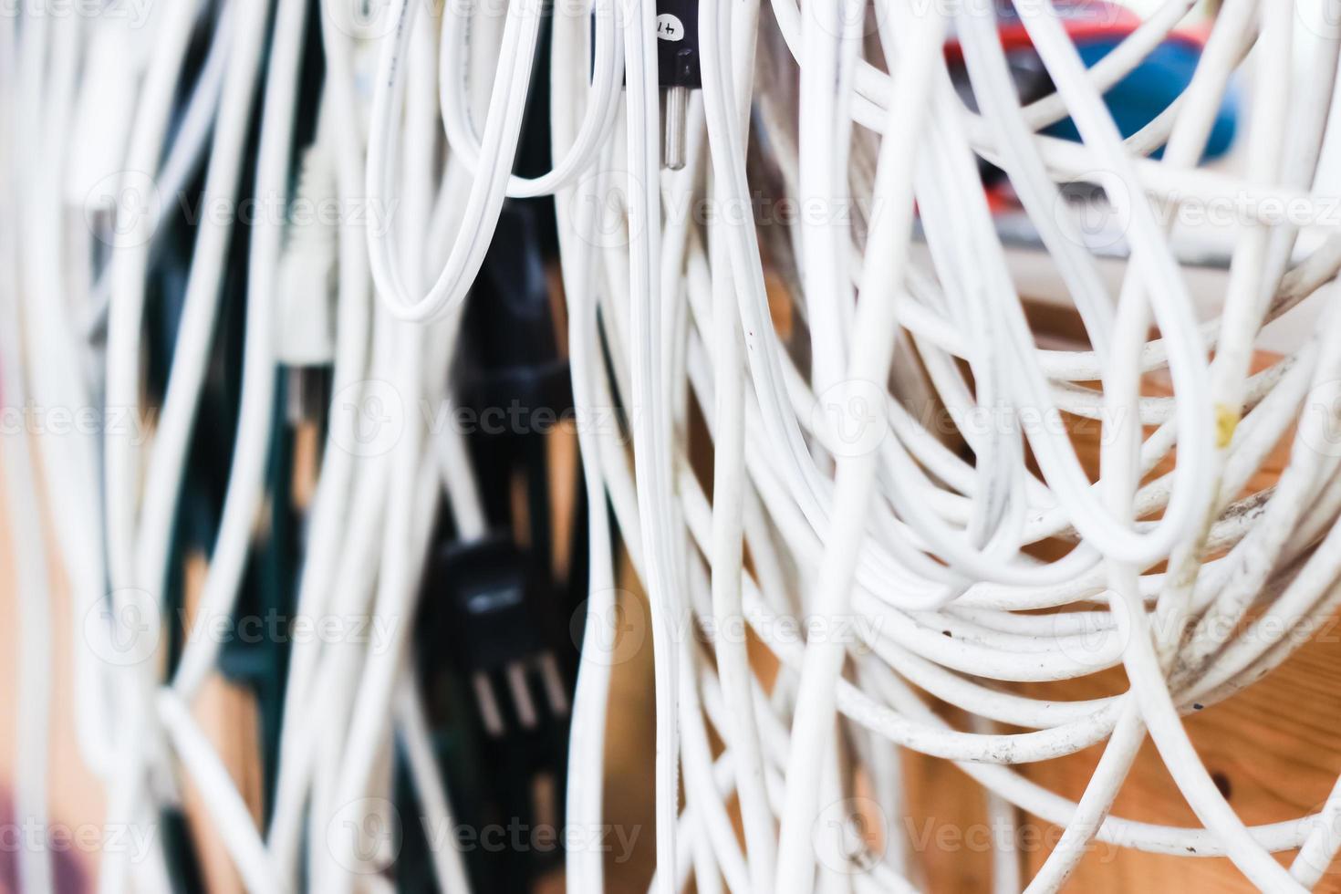cables desordenados foto