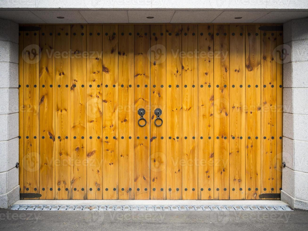 Asian style wooden garage photo