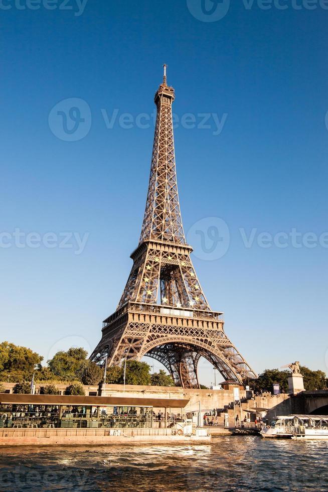 EU emblem in the Eiffel Tower photo