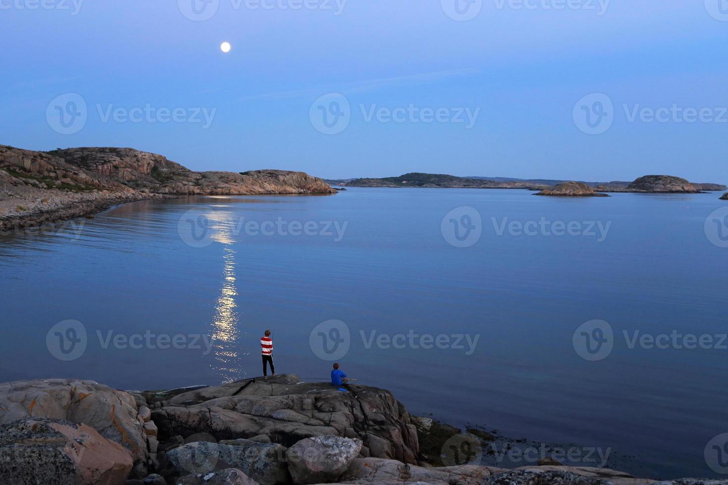 meia-noite de pesca foto