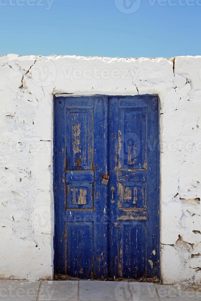 Detalle arquitectónico de la casa antigua, Oia (IA), Santorini (Thira), foto