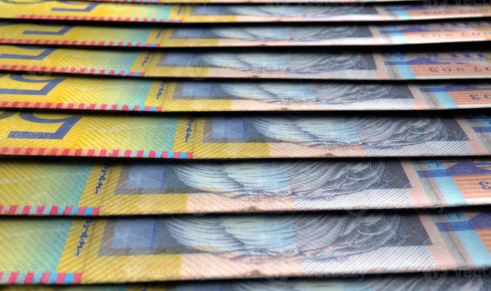 alineado billetes de primer plano foto