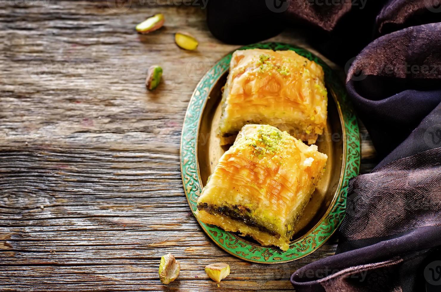 baklava con pistacho. delicia tradicional turca foto