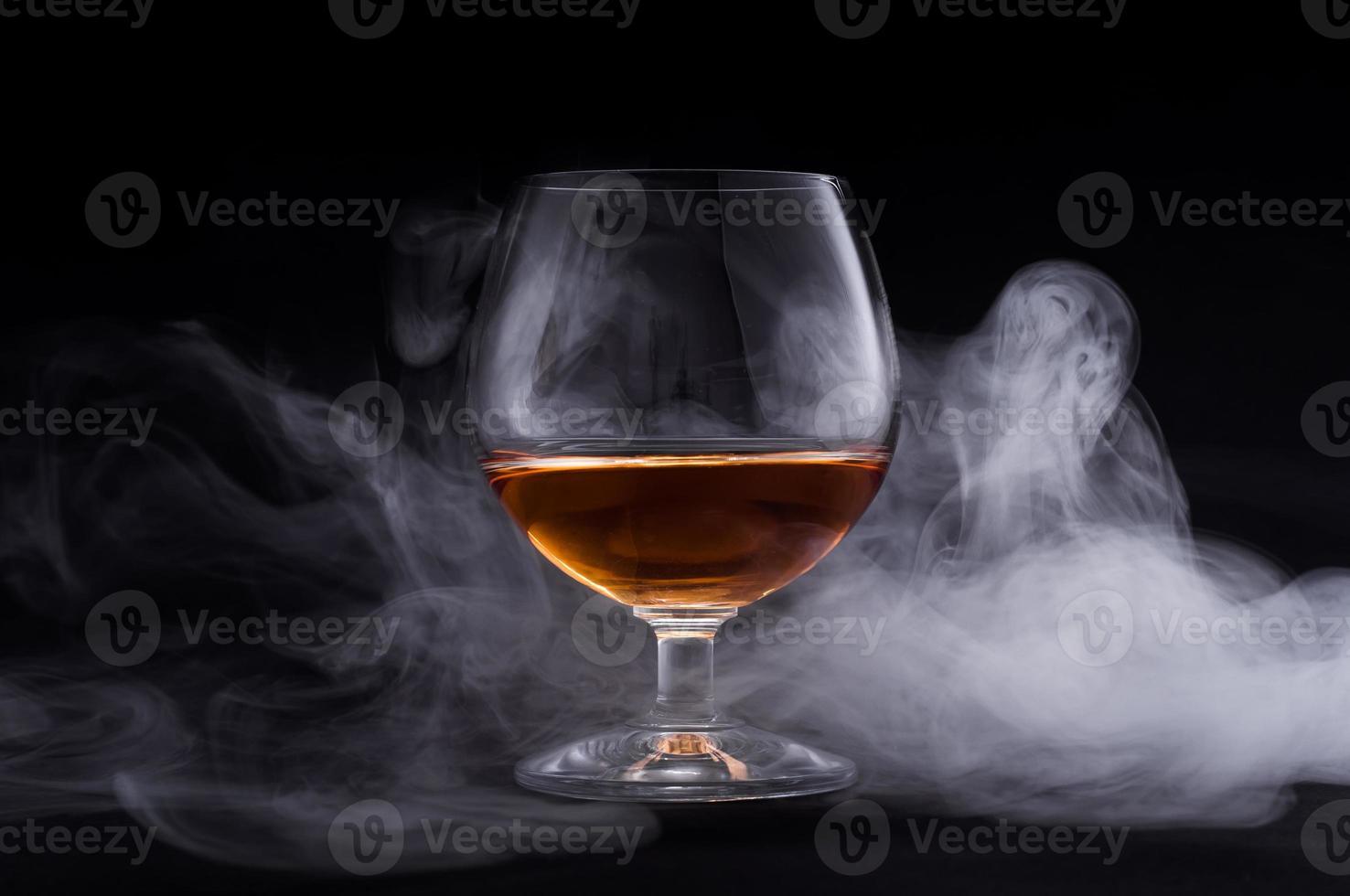 cognac in vetro foto