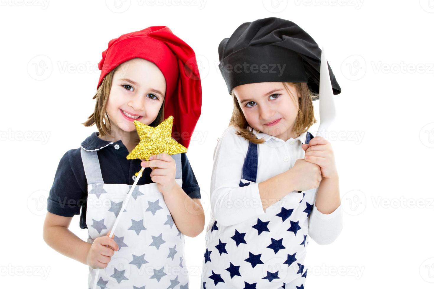 cocina tradicional contra cocinero moderno foto