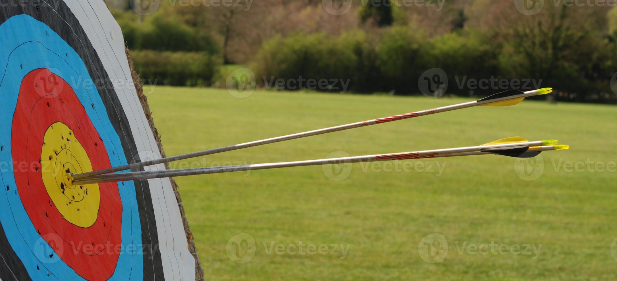 flechas en blanco foto