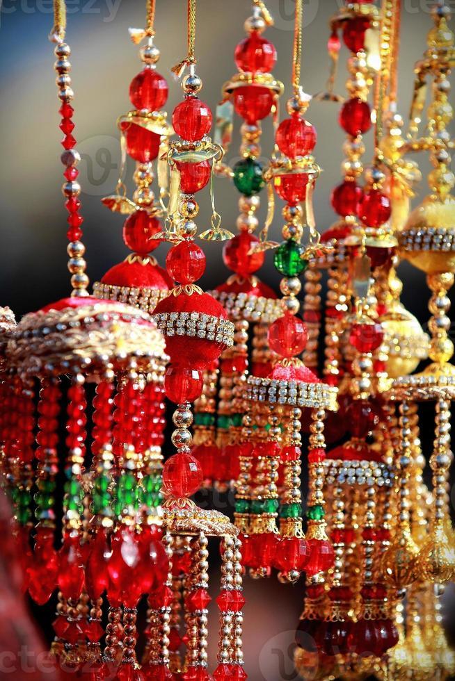 India asiática nupcial kalire campanas tintineo en el mercado del festival de cultura foto
