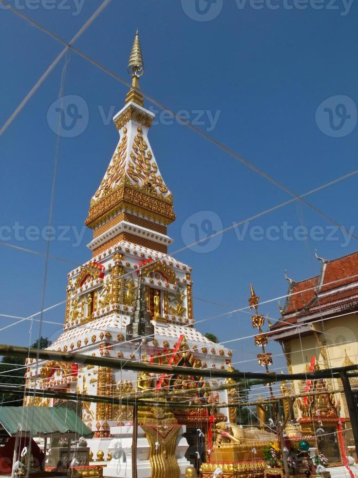 Phra esa pagoda de Sri Koon en Nakhon Phanom, Tailandia foto