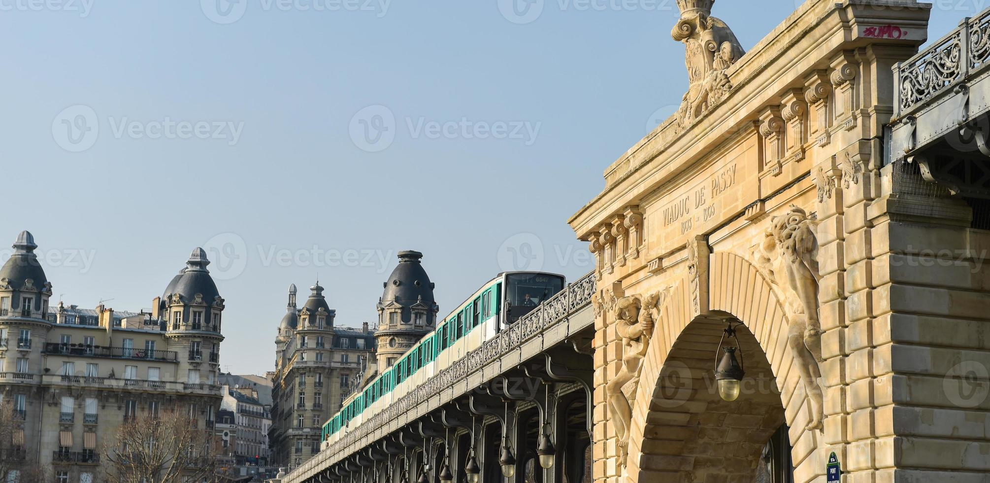 Urban Life-Paris Metro photo
