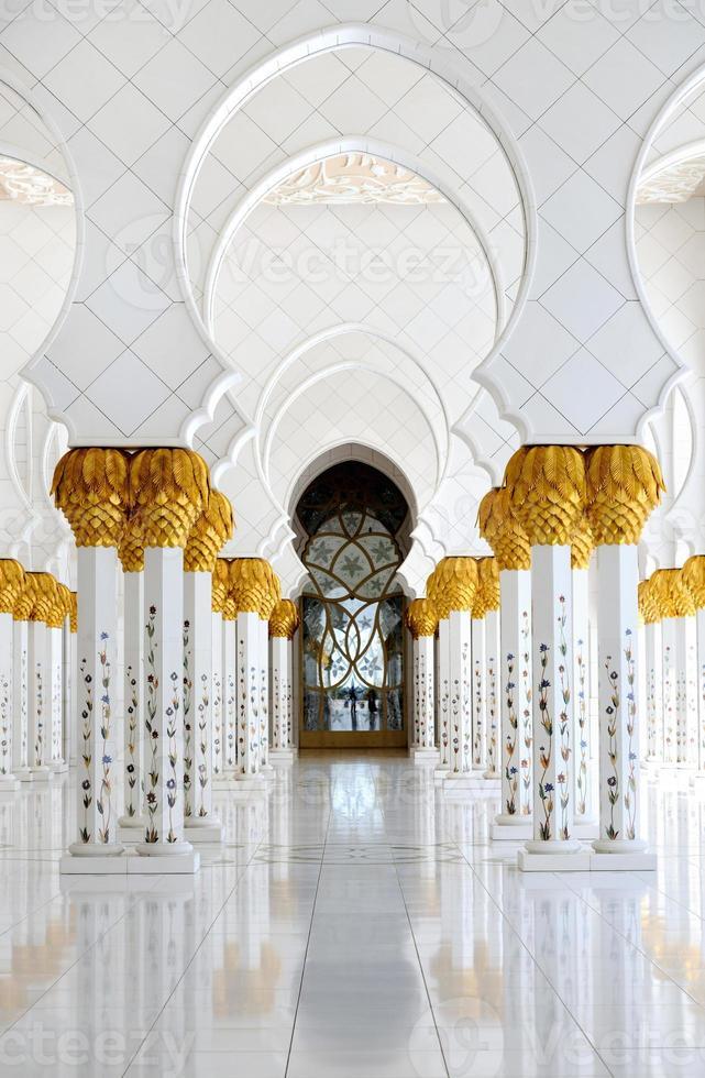 Abu Dhabi. Mezquita Sheikh Zayed foto