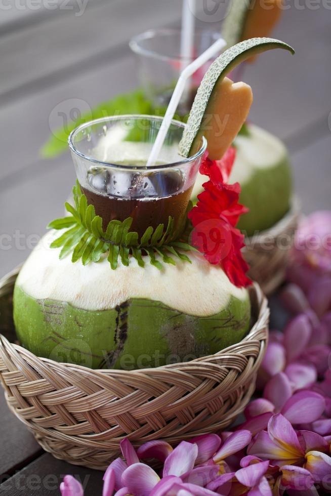 bebida de coco fresca foto