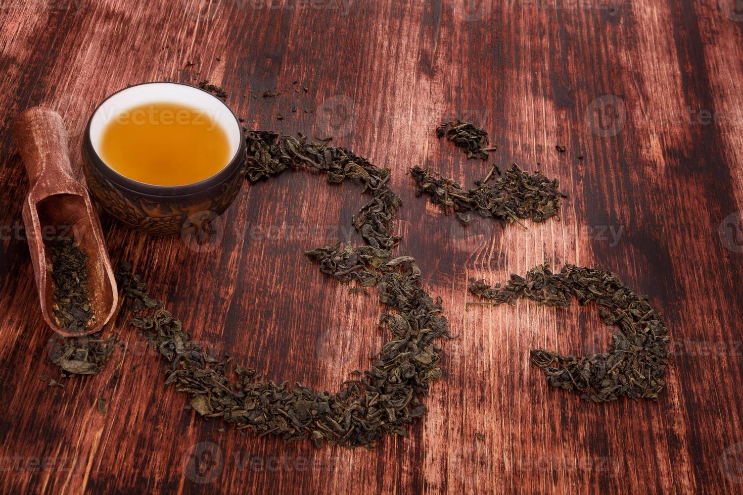Beber té tradicional. foto