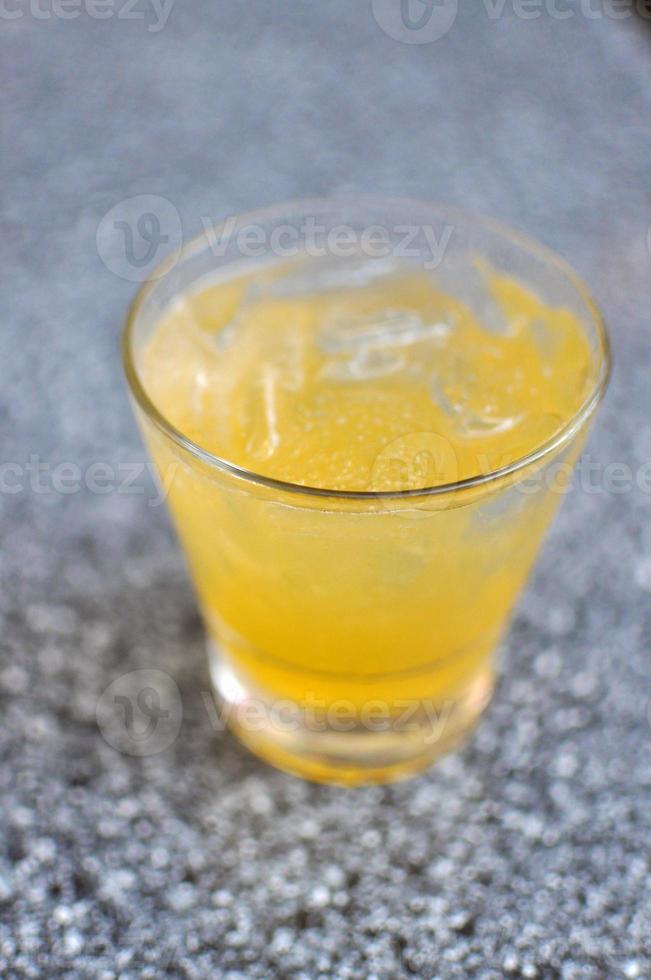 bebida lowball helada foto