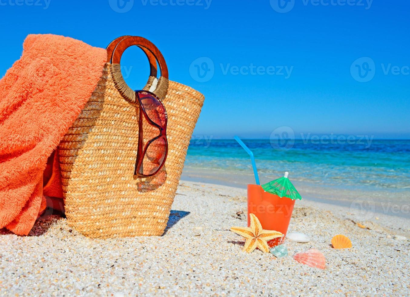 bag and drink photo