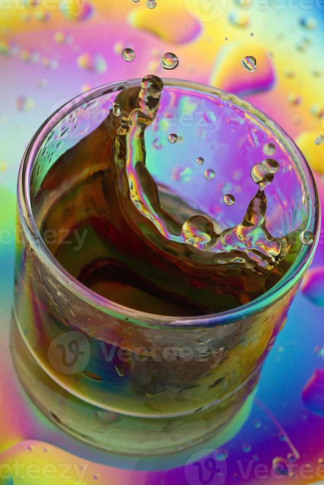 bebida de color splash foto