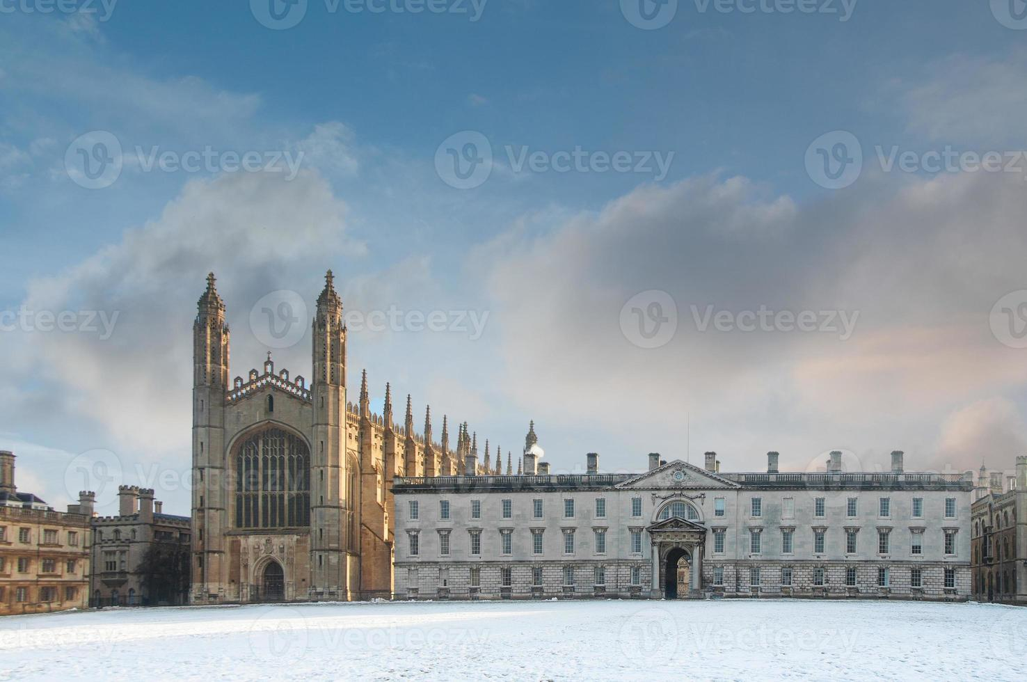 capilla de la universidad del rey en invierno, universidad de cambridge, inglaterra foto