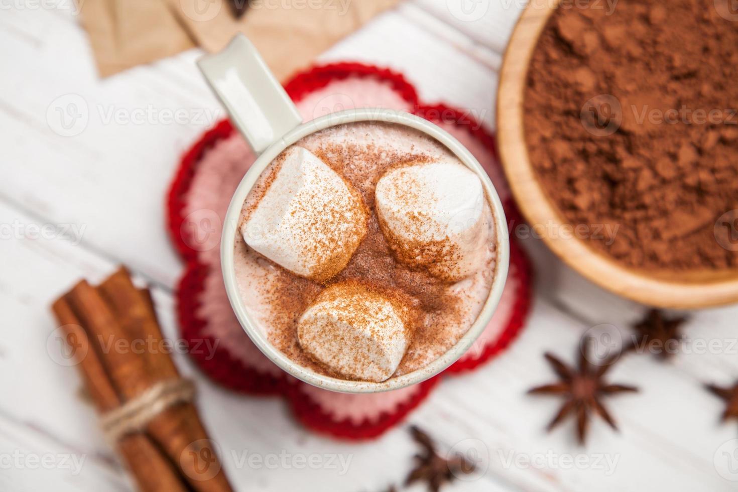 bebida de cacao con malvaviscos foto