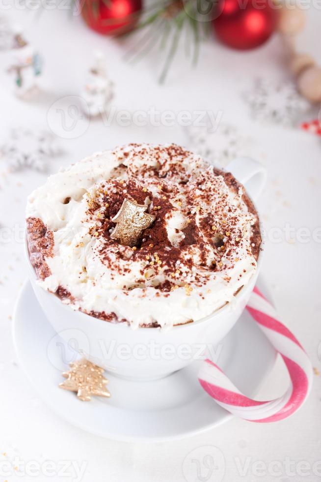 bebida de chocolate caliente de navidad foto