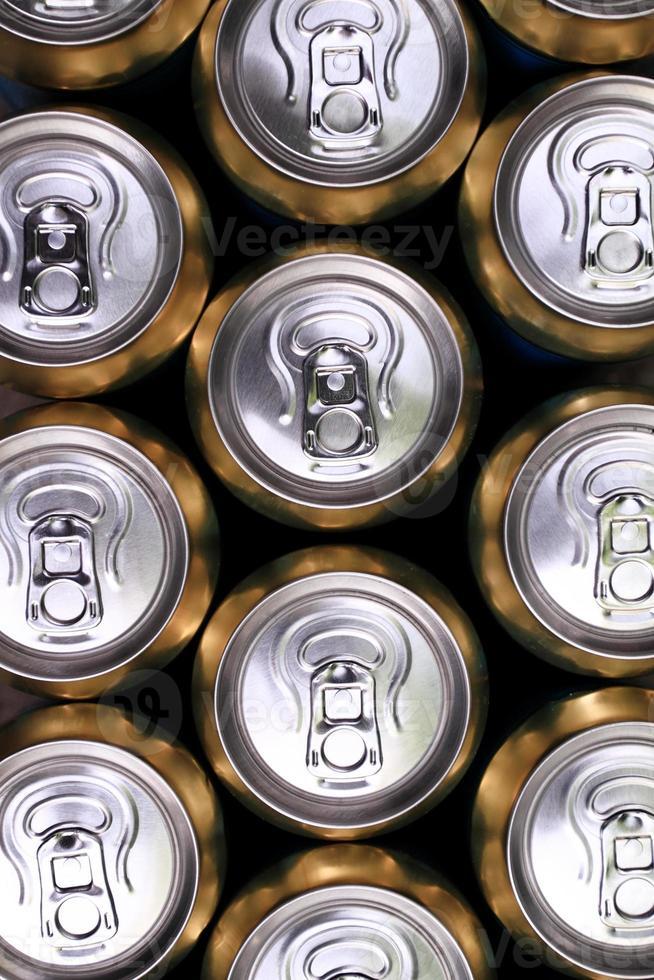 gran parte de las latas de beber foto