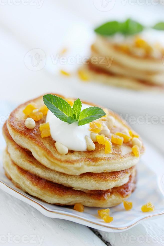 pancakes with walnuts photo
