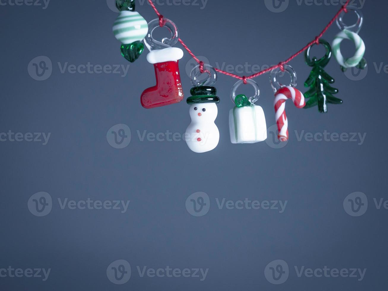 decoraciones navideñas de vidrio, espacio de copia foto